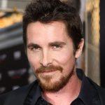 Christian Bale faz aniversário e a gente agradece sua carreira maravilhosa!