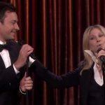 Barbra Streisand e Jimmy Fallon juntos! Adorei!