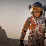Matt Damon é o astro de Perdido em Marte em trailer beeem nervoso!