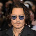 Johnny Depp será o Homem Invisível