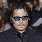 Como a separação de Johnny Depp afetou a bilheteria de Alice através do Espelho