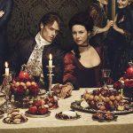 Aniversário, renovação, prêmios e mais razões para assistir Outlander