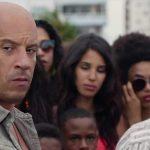 Toretto trai a família no trailer de Velozes e Furiosos 8