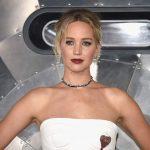 A fashion Jennifer Lawrence nas pré-estreias de Passageiros pelo mundo