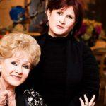 Uma chance de ver Carrie e Debbie juntas novamente