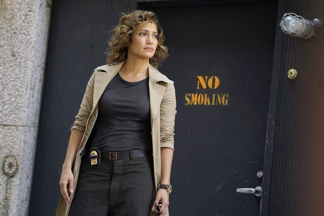 "SHADES OF BLUE -- ""Good Cop, Bad Cop"" Episode 108 -- Pictured: Jennifer Lopez as Det. Harlee Santos -- (Photo by: Peter Kramer/NBC)"
