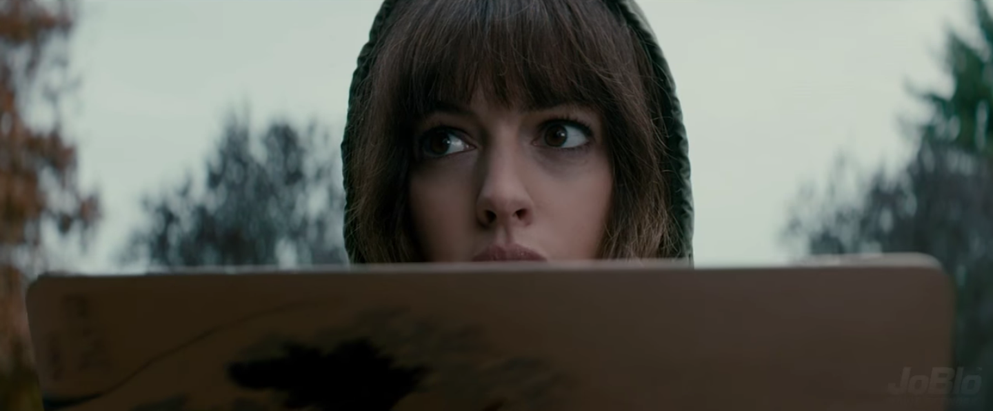 colossal-anne-hathaway-2