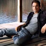 Matt Bomer vai entrar em American Crime Story: Versace. Mas…
