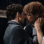 O reencontro de Jamie e Claire em Outlander (fotos e vídeo)