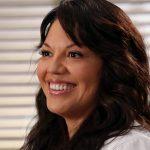Com novo visual e série, Sara Ramirez fala sobre voltar à Grey's Anatomy