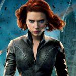 Scarlett Johansson é perseguida perigosamente por paparazzis