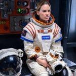 Hillary Swank em Away, e outras astronautas para ver em casa